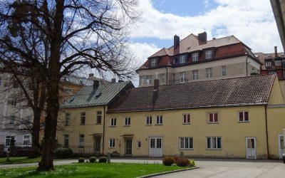Schreinerei/Wohnhaus